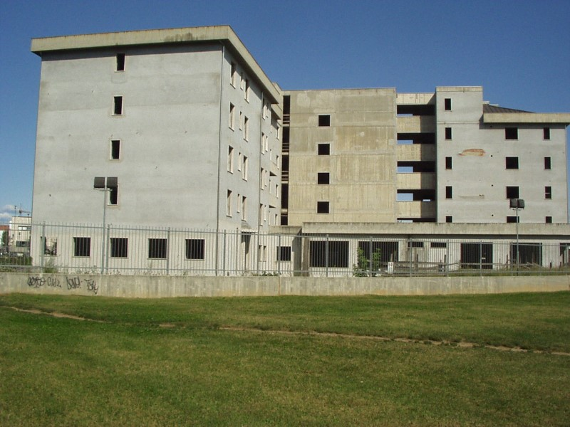 Casa di riposo - cantiere abbandonato.