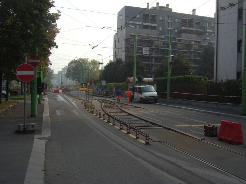 Lavori curva via Tremelloni